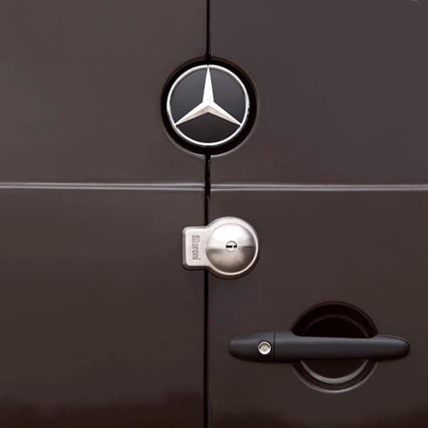 Cerradura MERONI UFO+ puerta cerrada